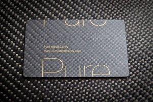 Pure_Metal_Cards_Carbon_Fiber_Business_Card_20111215_1664-300x200