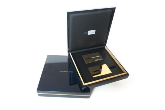 luxury-wood-presentation-card-image-1